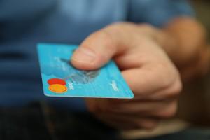 クレジットカードでの支払いイメージ画像