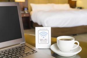 ホテルで無料Wi-Fiを使う画像