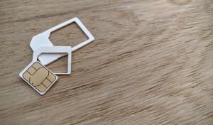 プリペイド式のSIMカード画像
